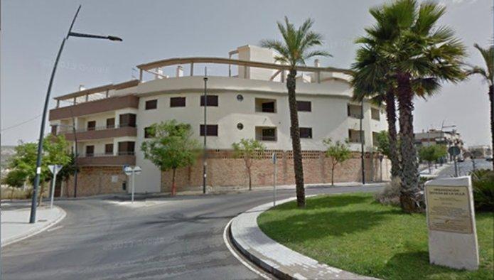 Edificio en Lucena (M74800) - foto0