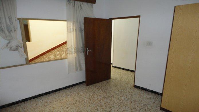Chalet adosado en Navas del Rey (43344-0001) - foto1