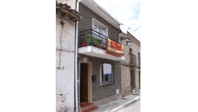 Chalet adosado en Navas del Rey (43344-0001) - foto0