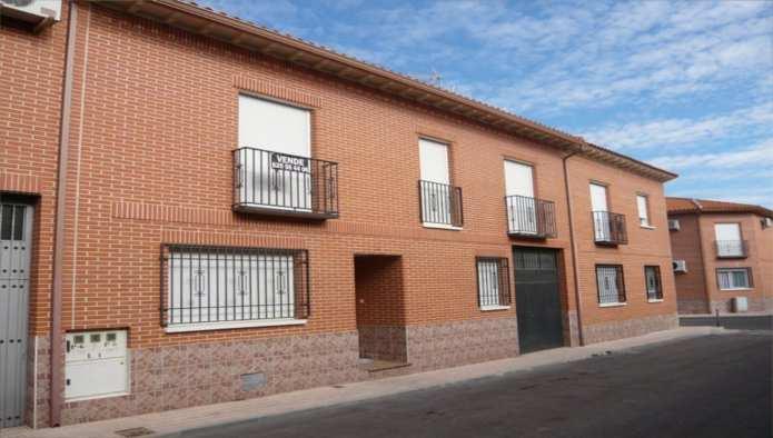 Casa en Fuensalida (33462-0001) - foto0