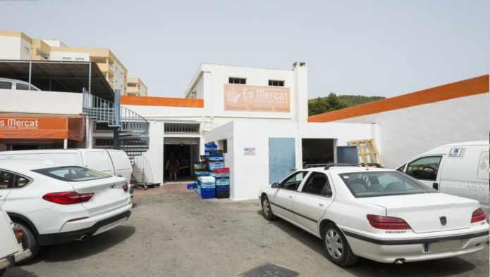 Locales en Santa Eulalia del Río (09045-0001) - foto1