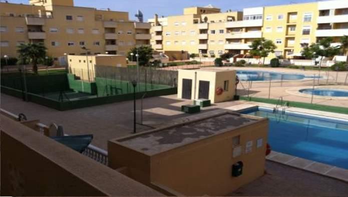 Apartamento en Roquetas de Mar (33399-0001) - foto3
