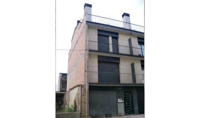 Casa en Vilanova de Segrià (33768-0001) - foto0