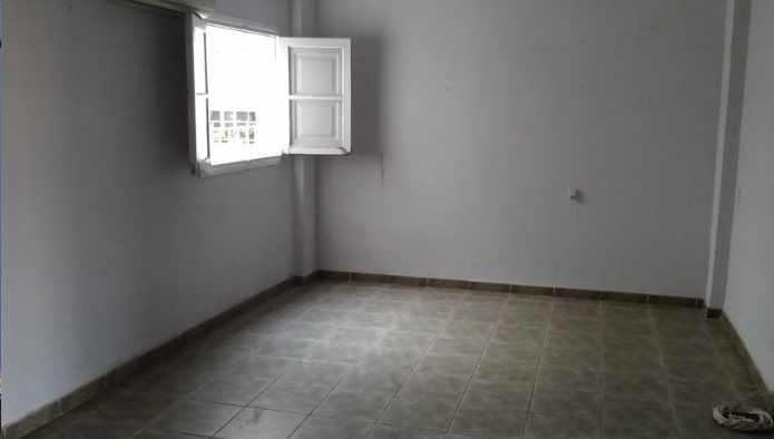 Piso en Almería (28496-0001) - foto1