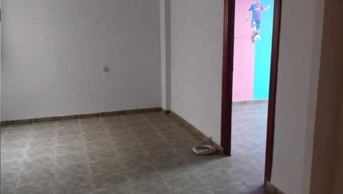 Piso en Almería (28496-0001) - foto3