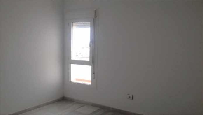 Apartamento en Almería (36682-0001) - foto2