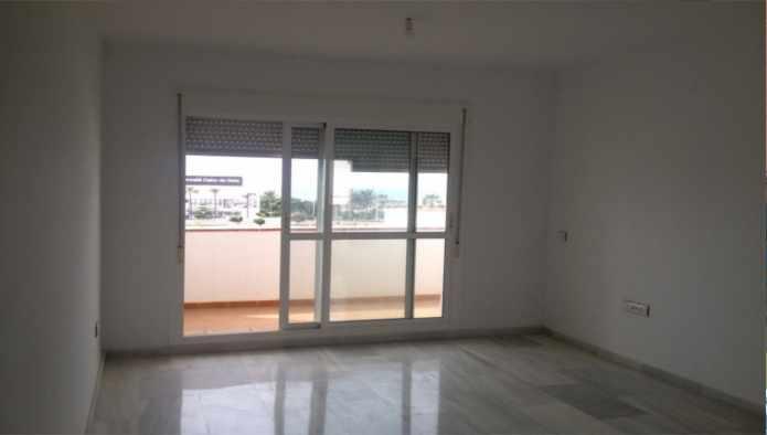 Apartamento en Almería (36682-0001) - foto1