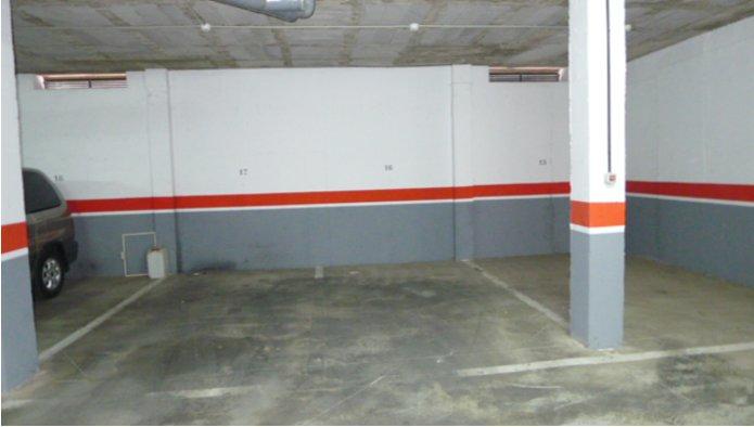 Garaje en Dos Hermanas (Marcelo Espinola) - foto1