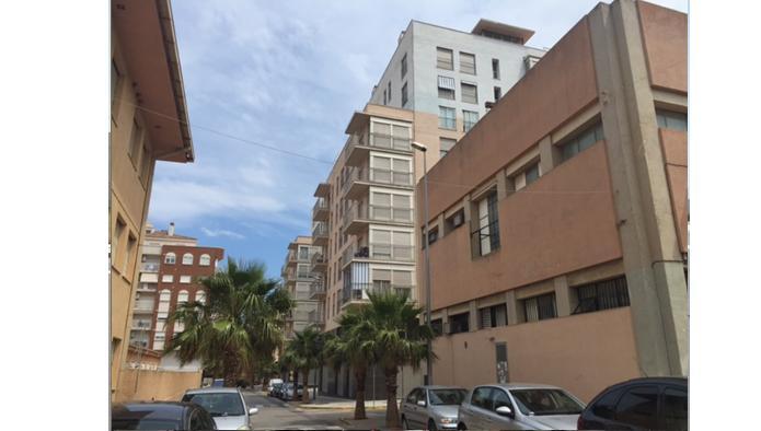 Locales en Vinaròs (M64473) - foto1