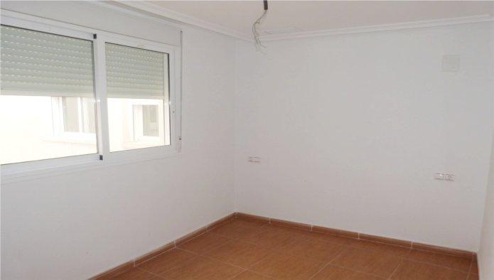 Apartamento en Torrevieja (31999-0001) - foto2