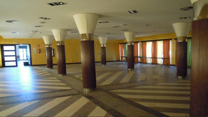 Hotel en Burguillos (32364-0001) - foto1