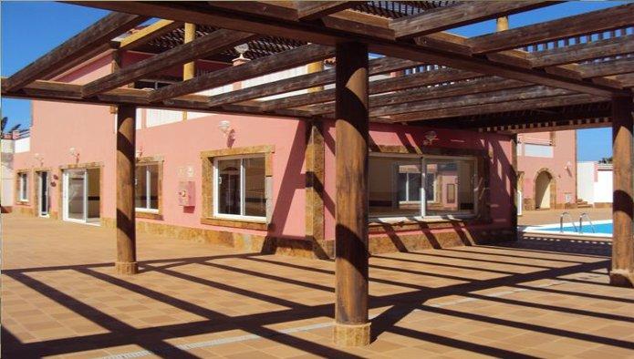 Locales en Corralejo (M61278) - foto1