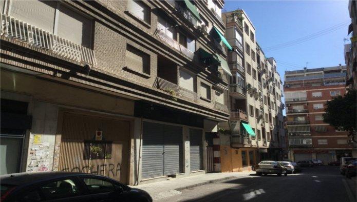 Piso en Granada (33696-0001) - foto0