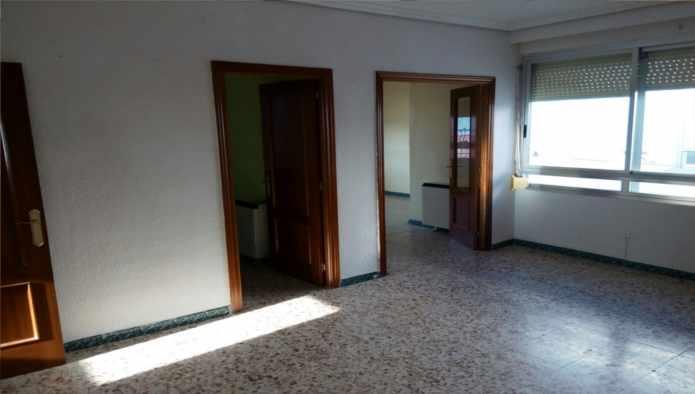 Piso en Fuensalida (71126-0001) - foto1