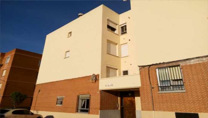 Piso en Fuensalida (71126-0001) - foto0