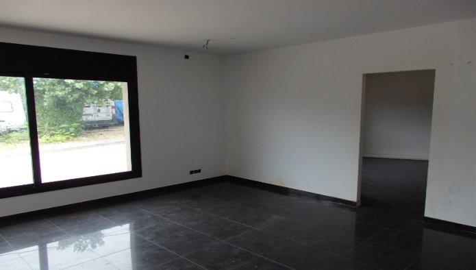 Casa planta baja en Rubí (67689-0001) - foto1