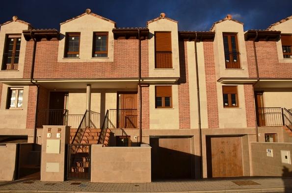 Chalet adosado en Villamuriel de Cerrato (M66246) - foto0