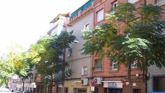 Piso en Sant Boi de Llobregat (33613-0001) - foto0