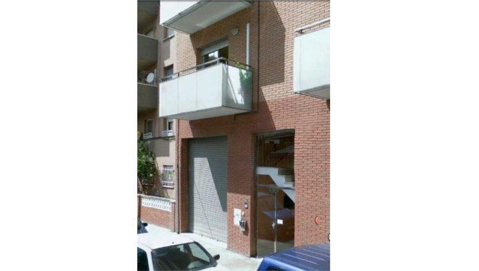 Locales en Montcada i Reixac (35145-0001) - foto0