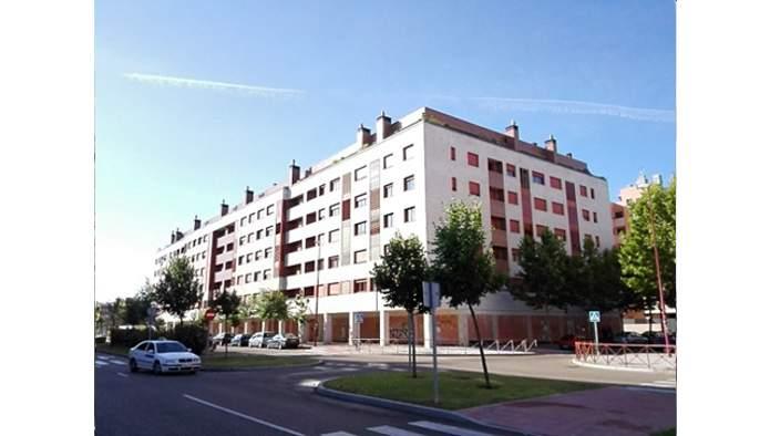 Locales en Valladolid (M62235) - foto0
