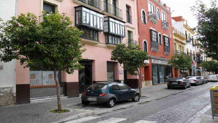 Locales en Sevilla (31131-0001) - foto0