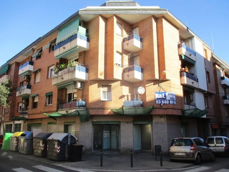 Locales en Sant Boi de Llobregat (A2-75345-0001) - foto0