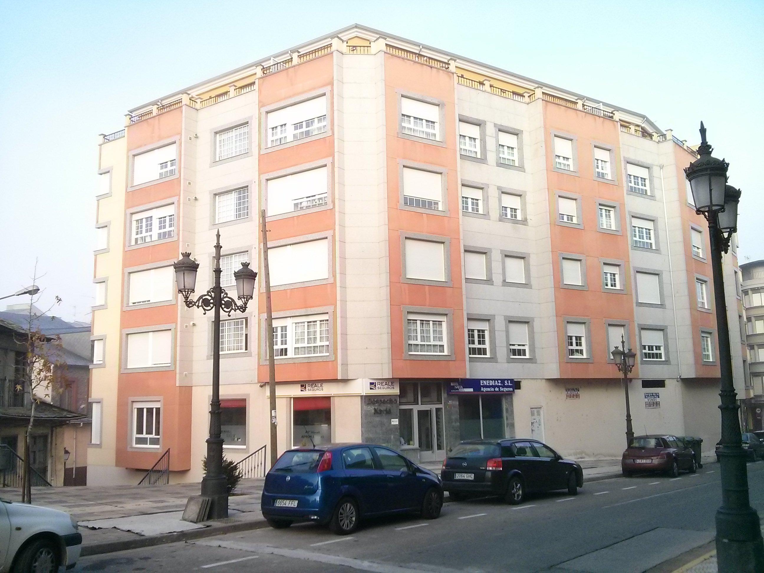 Locales en Bembibre (Edificio Castilla) - foto0