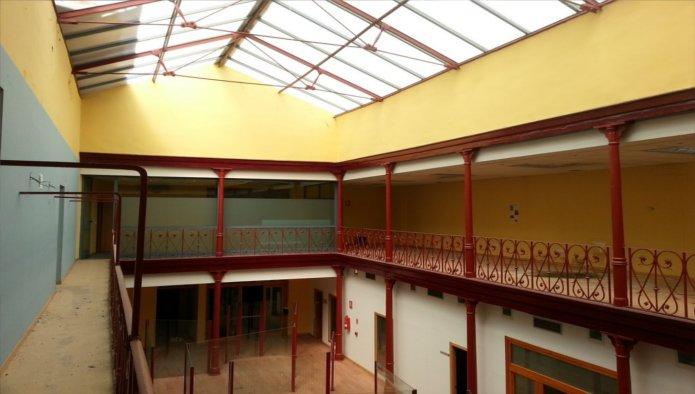 Edificio en Valladolid (31500-0001) - foto3