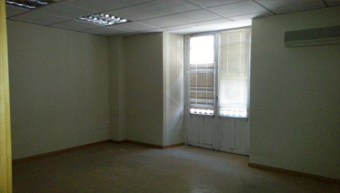 Edificio en Valladolid (31500-0001) - foto5