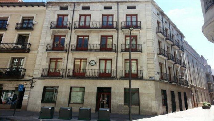 Edificio en Valladolid (31500-0001) - foto0