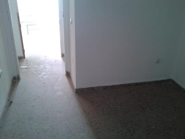 Piso en Almería (81986-0001) - foto2