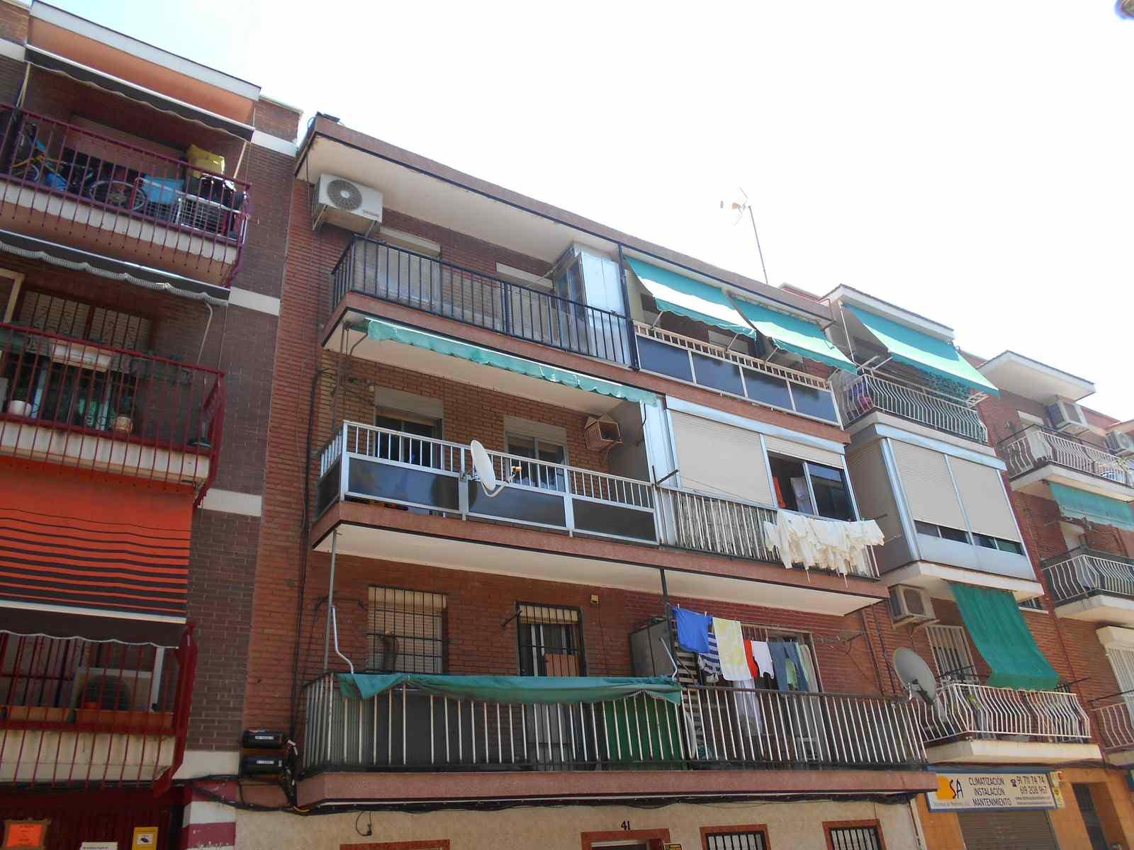 Piso en Madrid (33457-0001) - foto0