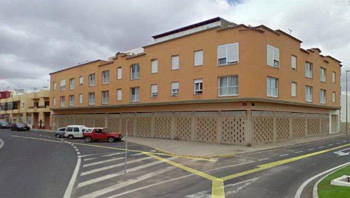 Locales en Puerto del Rosario (35935-0001) - foto0