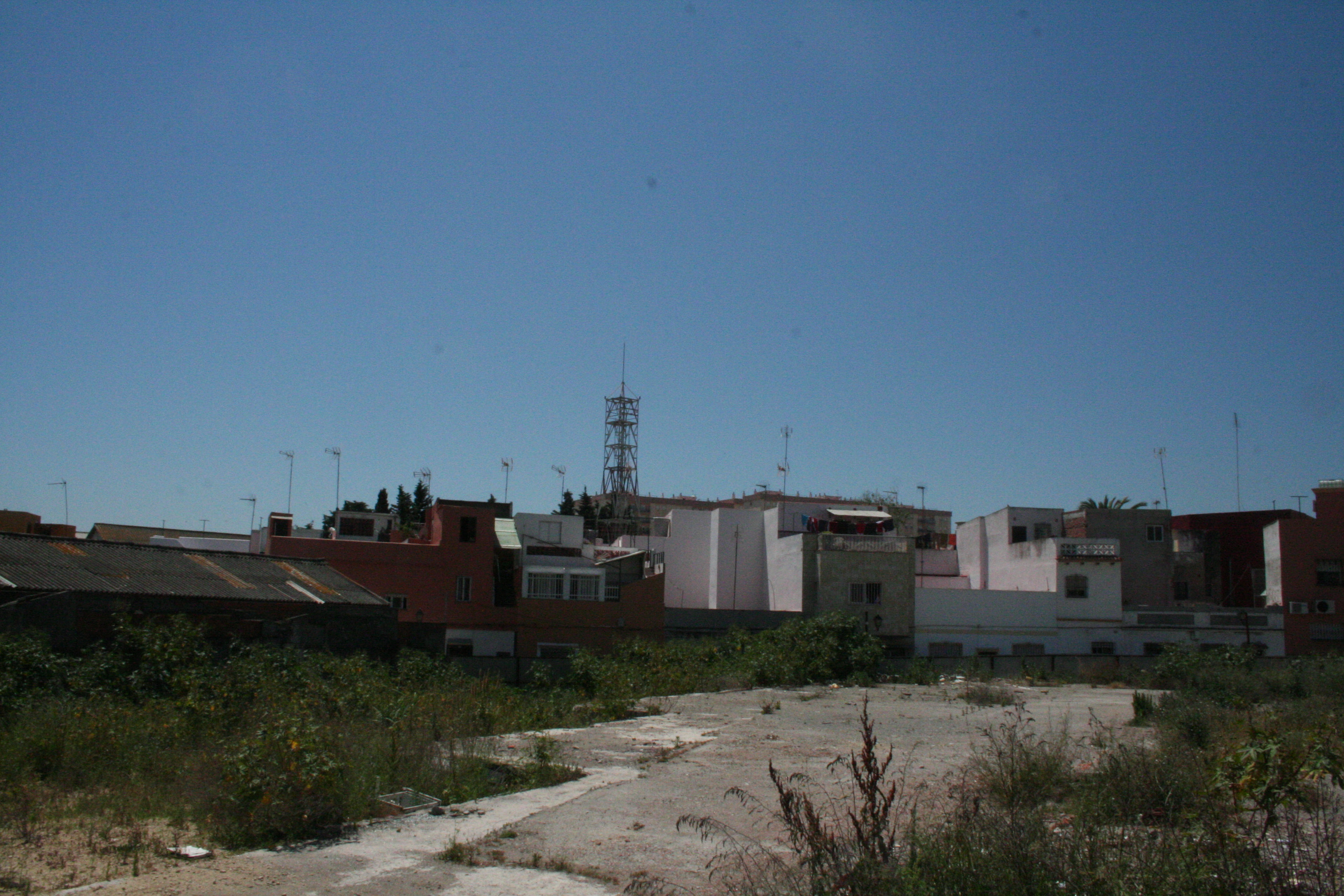 Solares en Algeciras (M67900) - foto0