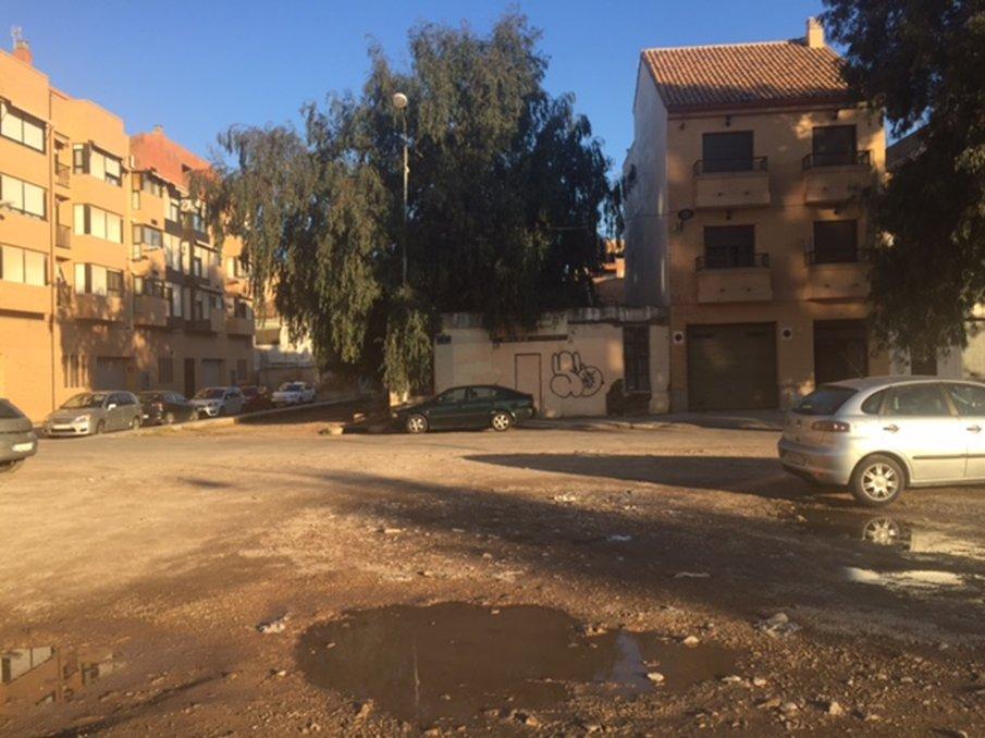Solares en Valencia (32125-0001) - foto2
