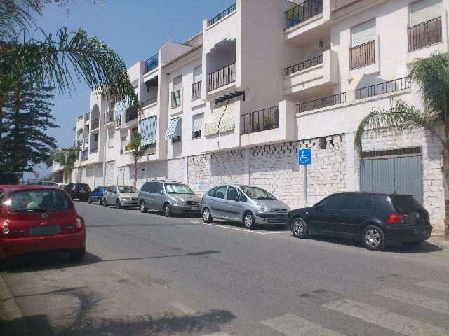 Locales en Salobreña (32387-0001) - foto0
