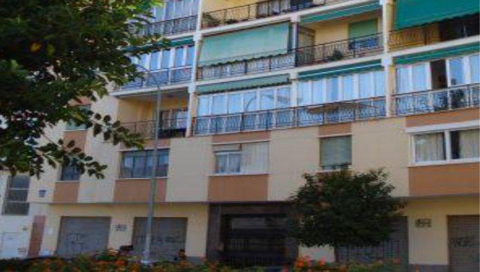 Locales en Málaga (30390-0001) - foto0