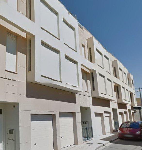 Chalet adosado en Villarreal/Vila-real (32013-0001) - foto0