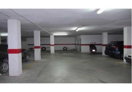 Garaje en Monserrat - 0