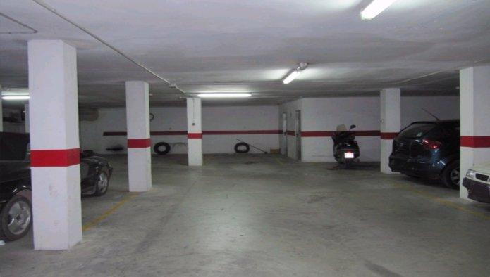 Garaje en Monserrat (30488-0001) - foto1