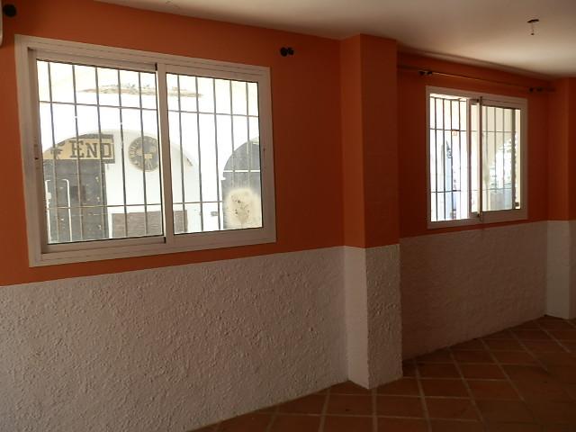 Locales en Benalmádena (82073-0001) - foto3
