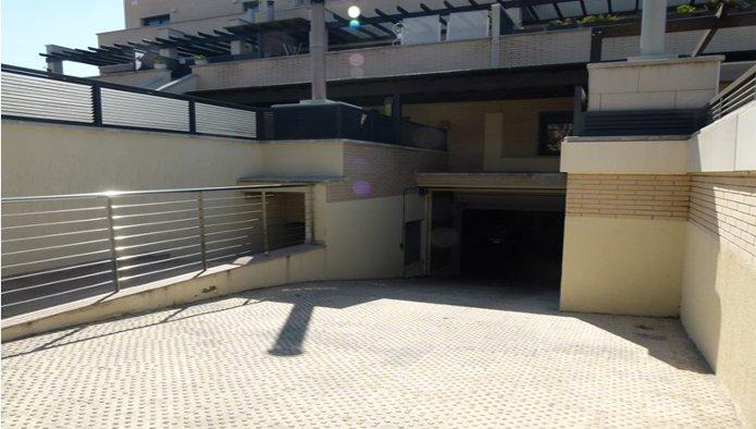 Garaje en Montcada i Reixac (92572-0004) - foto0