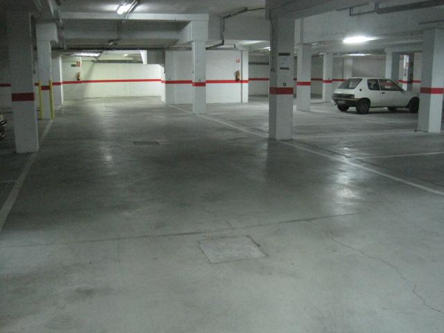 Garaje en Ávila (Derechos Humanos) - foto1
