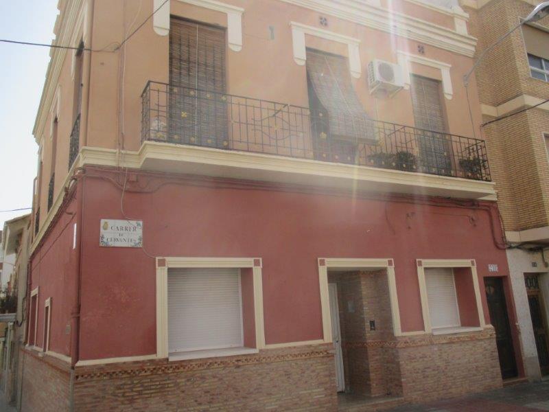 Casa en Moncada (32689-0001) - foto0