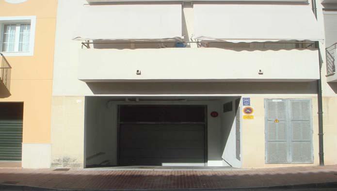 Locales en Mercadal (Es) (40052-0001) - foto1