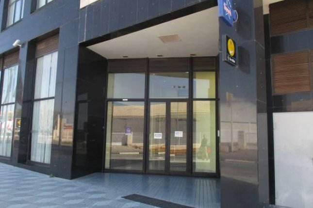 Locales en Villarreal/Vila-real (32068-0001) - foto2