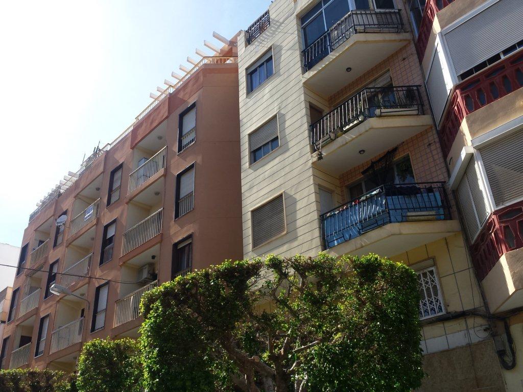 Piso en Almería (74098-0001) - foto0