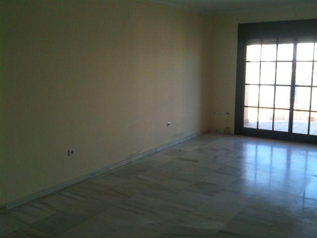 Piso en Estepona (37129-0001) - foto1