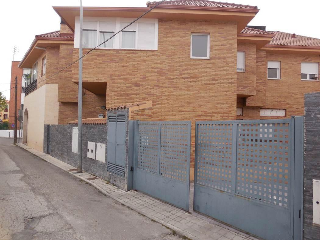 Locales en Collado Villalba (Santa Teresa ) - foto0