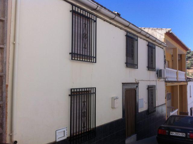 Casa en Villanueva de Algaidas (36455-0001) - foto0